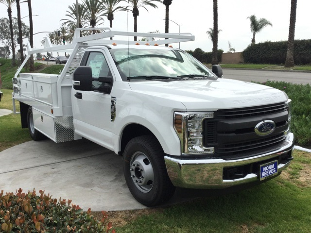 2018 F-350 Regular Cab DRW 4x2,  Scelzi Contractor Body #180675 - photo 3