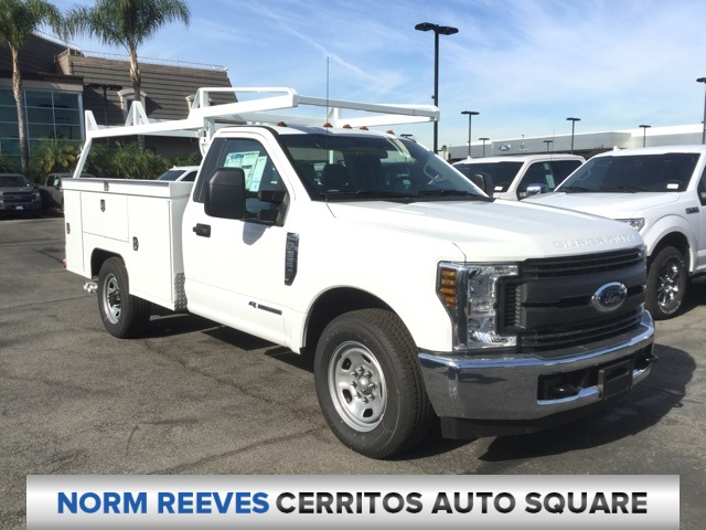 2018 F-350 Regular Cab 4x2,  Scelzi Signature Service Body #181070 - photo 3