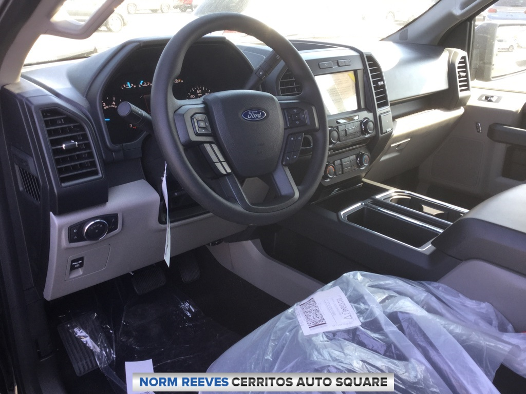2018 F-150 SuperCrew Cab 4x2,  Pickup #181627 - photo 6