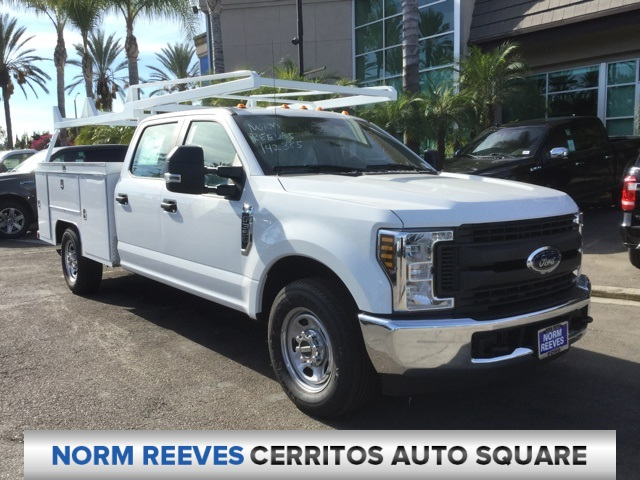2018 F-350 Crew Cab 4x2,  Scelzi Service Body #181633 - photo 3