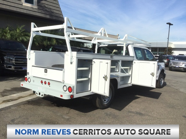 2018 F-350 Crew Cab 4x2,  Scelzi Service Body #181633 - photo 5