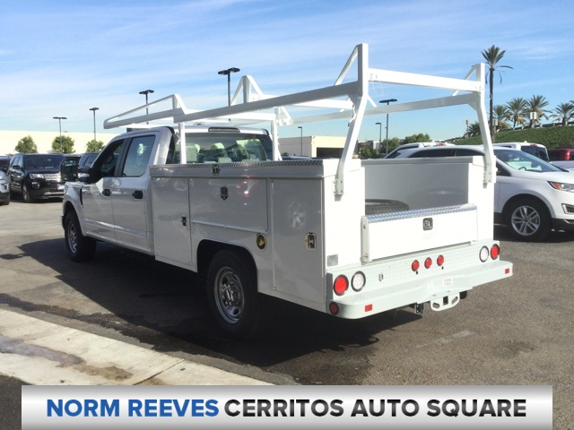 2018 F-350 Crew Cab 4x2,  Scelzi Service Body #181633 - photo 2