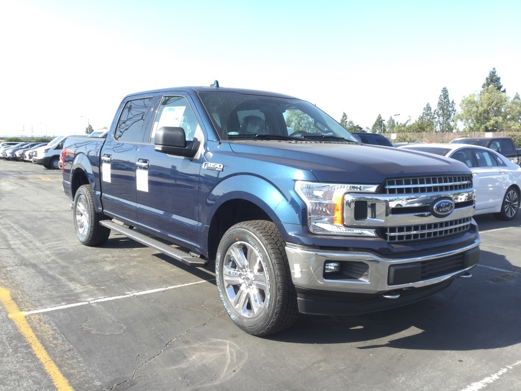 2018 F-150 SuperCrew Cab 4x4,  Pickup #181646 - photo 3