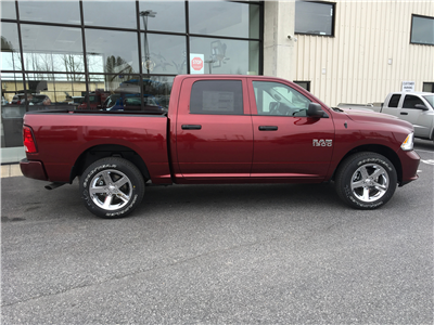 2018 Ram 1500 Crew Cab 4x4,  Pickup #18258 - photo 8