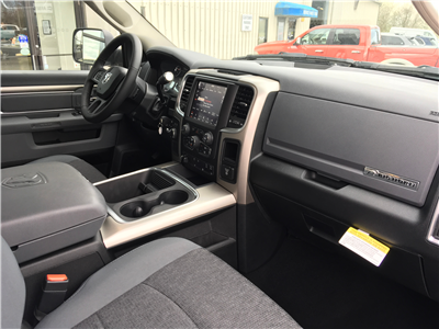 2018 Ram 3500 Crew Cab 4x4,  Pickup #18268 - photo 9