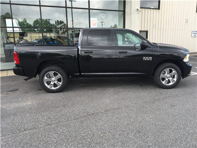 2018 Ram 1500 Crew Cab 4x4,  Pickup #18325 - photo 8