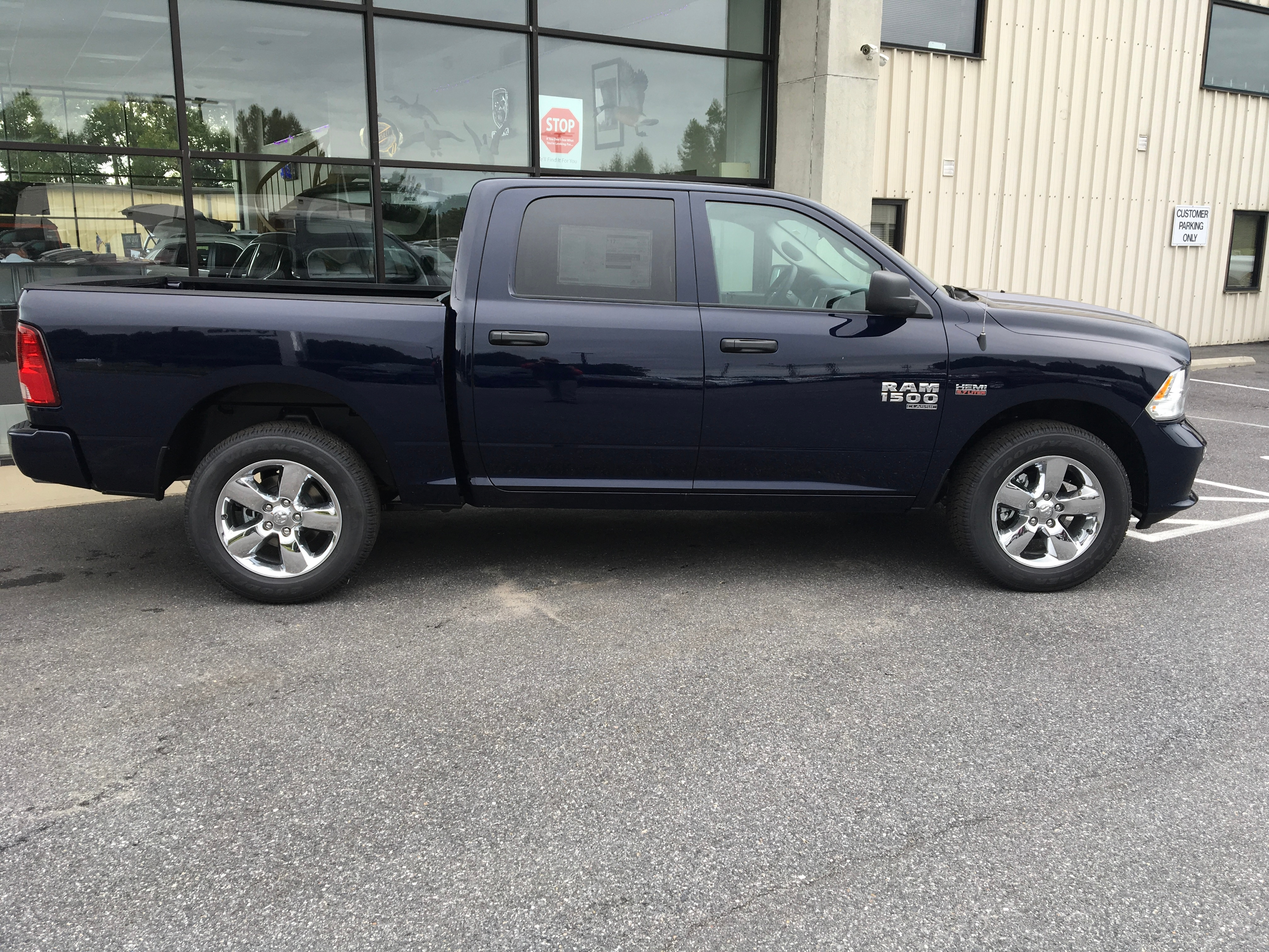 2019 Ram 1500 Crew Cab 4x4,  Pickup #19051 - photo 8
