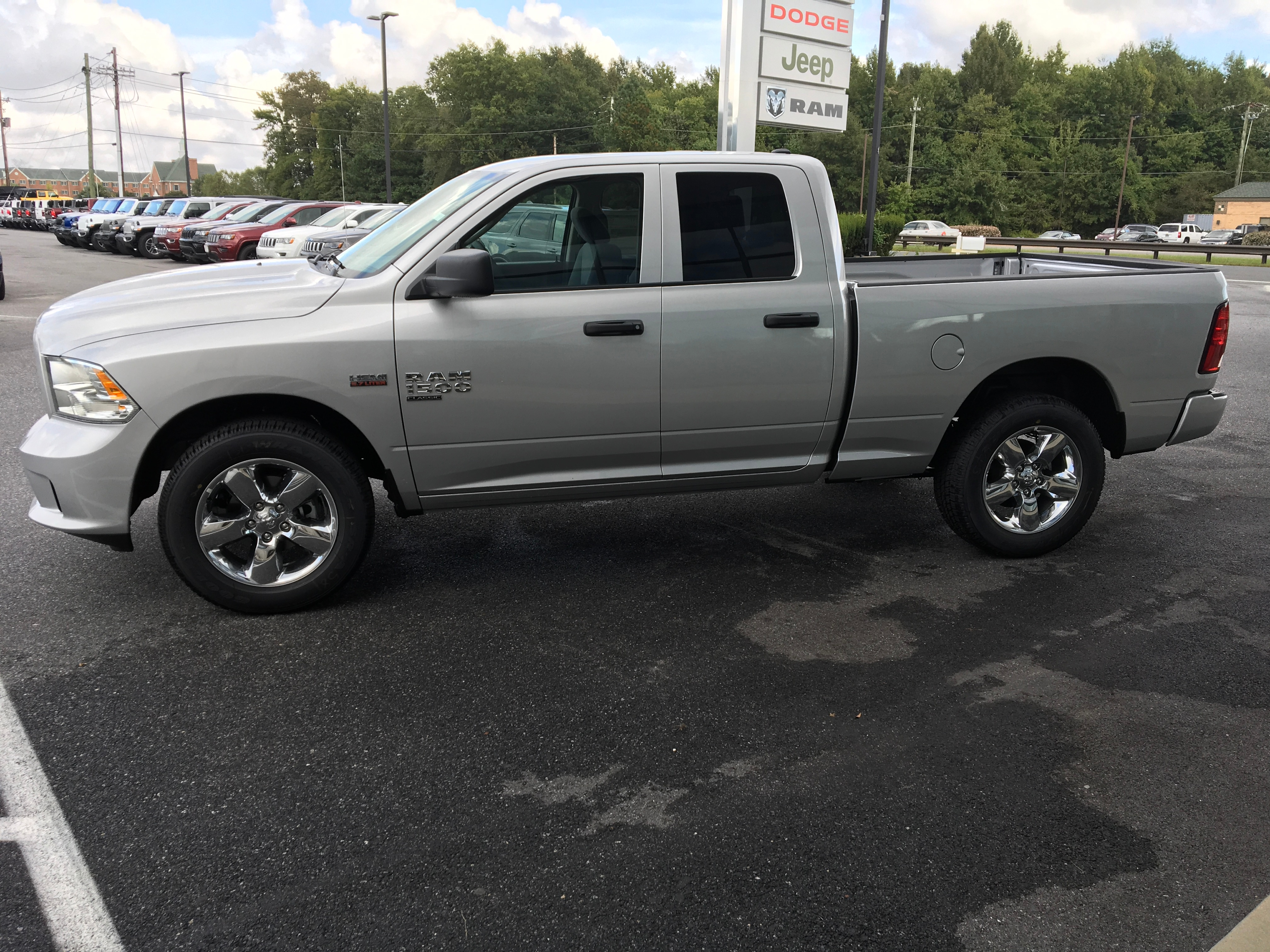 2019 Ram 1500 Quad Cab 4x4,  Pickup #19056 - photo 5