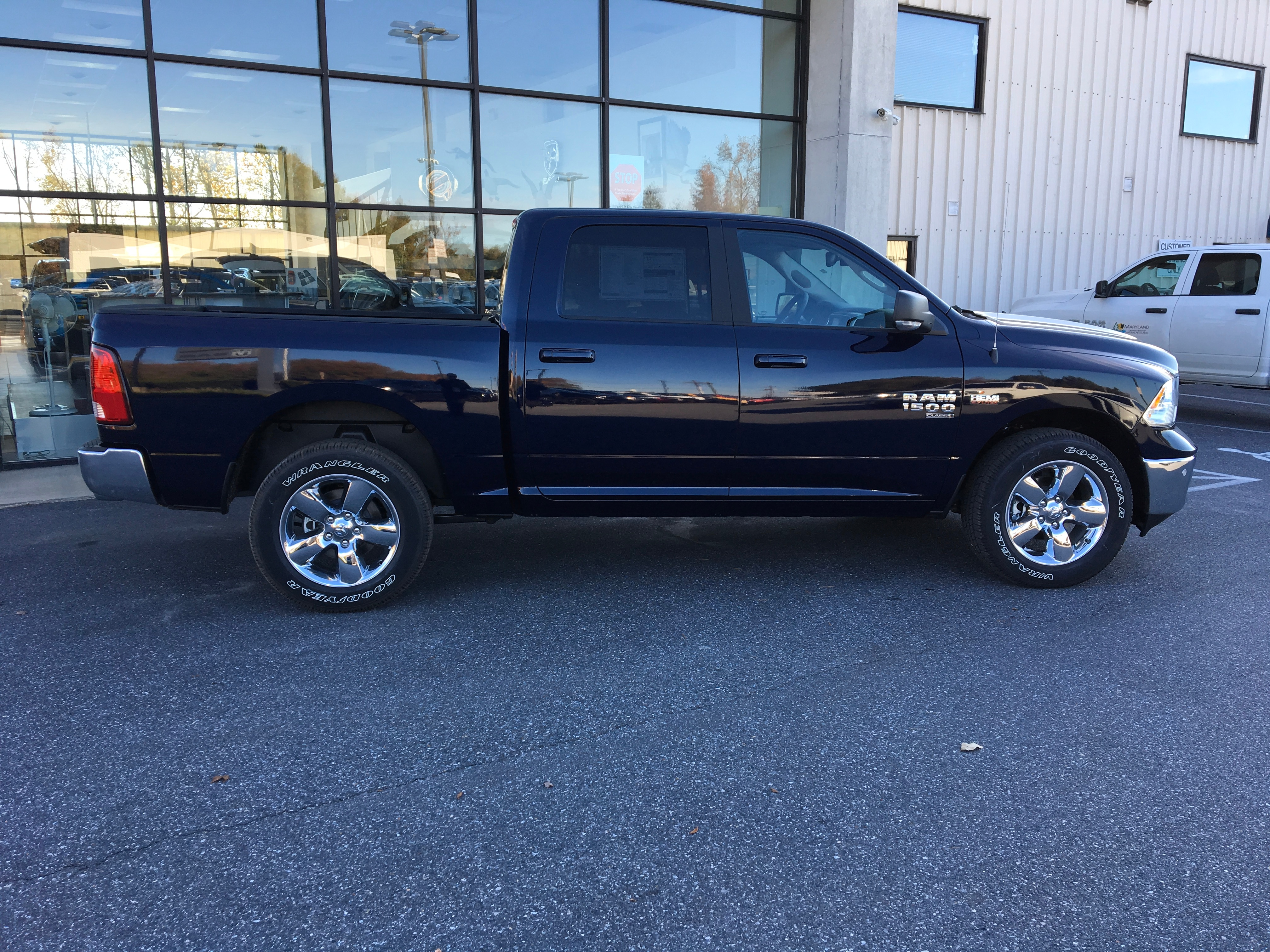 2019 Ram 1500 Crew Cab 4x4,  Pickup #19124 - photo 8