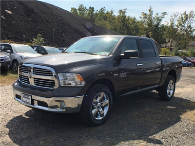 2018 Ram 1500 Crew Cab 4x4, Pickup #D8787 - photo 5