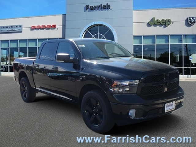 2018 Ram 1500 Crew Cab 4x4, Pickup #D8815 - photo 1