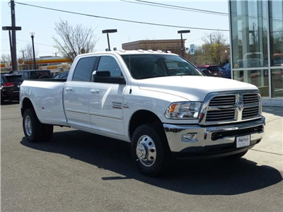 2018 Ram 3500 Crew Cab DRW 4x4, Pickup #D8982 - photo 3