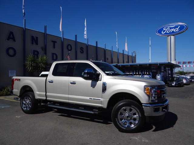 2017 F-250 Crew Cab 4x4, Pickup #HED93332 - photo 4