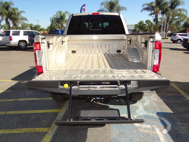 2017 F-250 Crew Cab 4x4, Pickup #HED93332 - photo 25