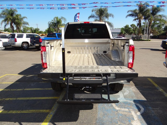 2017 F-250 Crew Cab 4x4, Pickup #HED93332 - photo 27