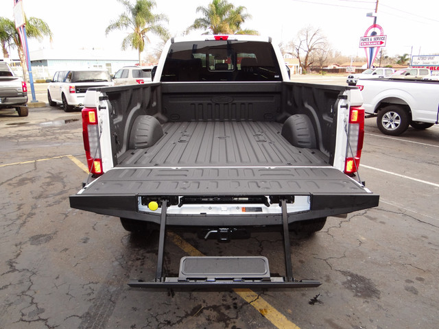 2018 F-250 Crew Cab 4x4, Pickup #JEB11691 - photo 29