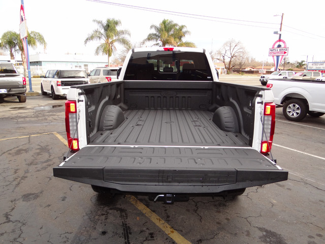 2018 F-250 Crew Cab 4x4, Pickup #JEB11691 - photo 31