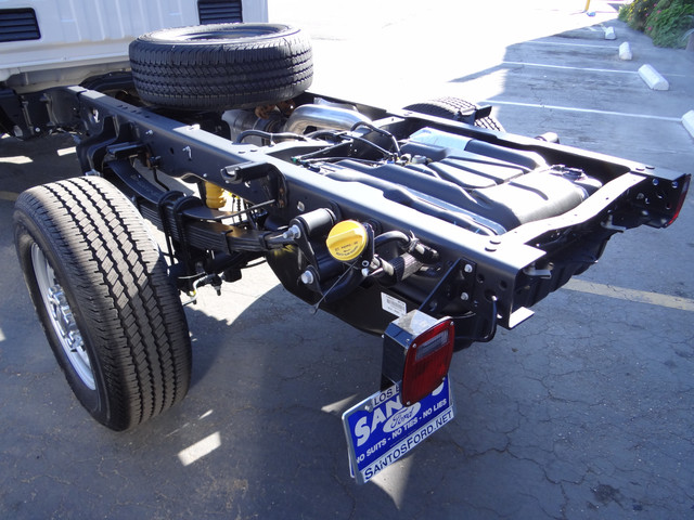 2018 F-350 Regular Cab 4x4, Cab Chassis #JEB84824 - photo 10