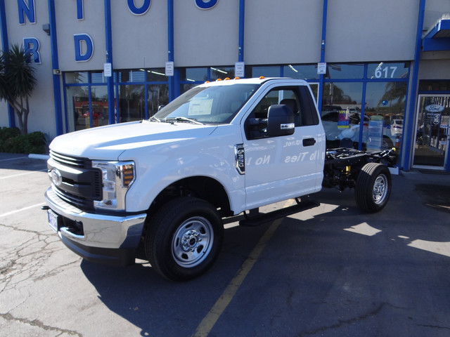 2018 F-350 Regular Cab DRW, Cab Chassis #JEB84825 - photo 6