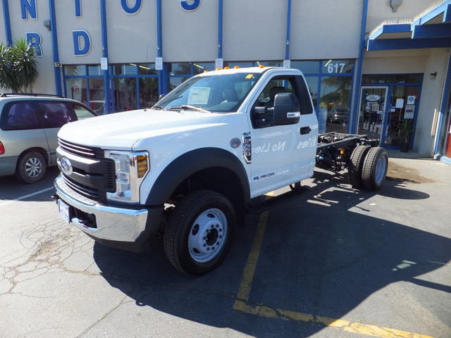 2018 F-550 Regular Cab DRW 4x2,  Cab Chassis #JEB84826 - photo 1