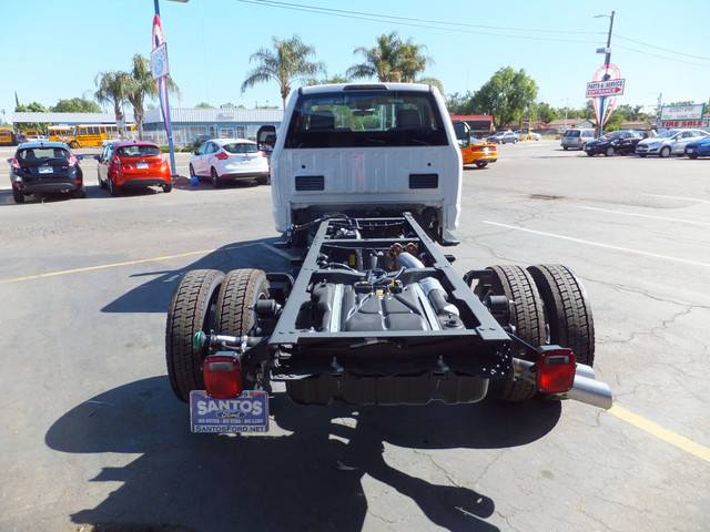 2018 F-550 Regular Cab DRW 4x2,  Cab Chassis #JEB84826 - photo 9