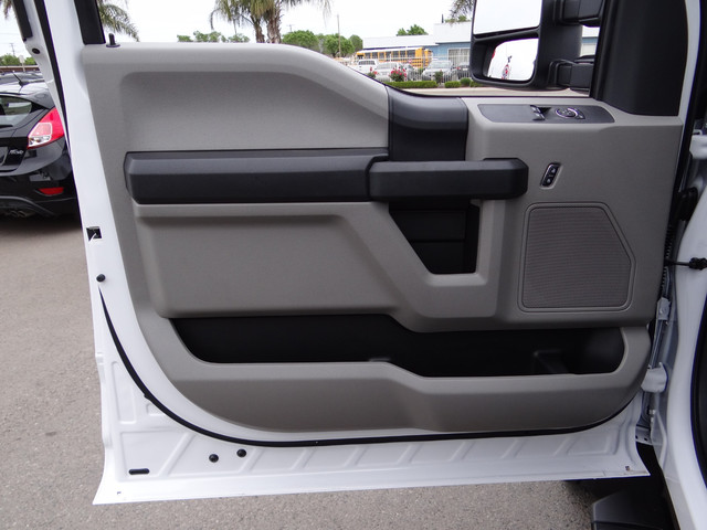 2018 F-550 Regular Cab DRW, Cab Chassis #JEB84827 - photo 10