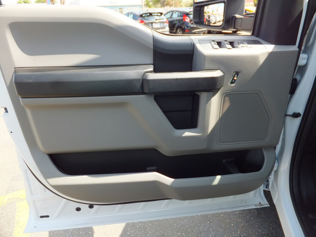 2018 F-350 Crew Cab 4x2,  Cab Chassis #JEB84828 - photo 14