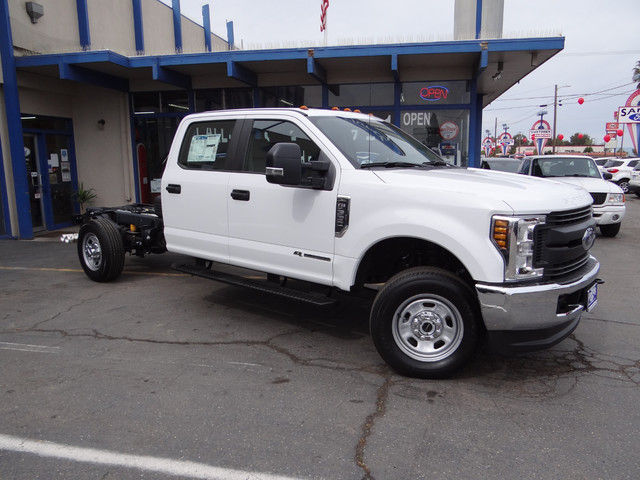 2018 F-350 Crew Cab 4x4,  Cab Chassis #JEB84829 - photo 5