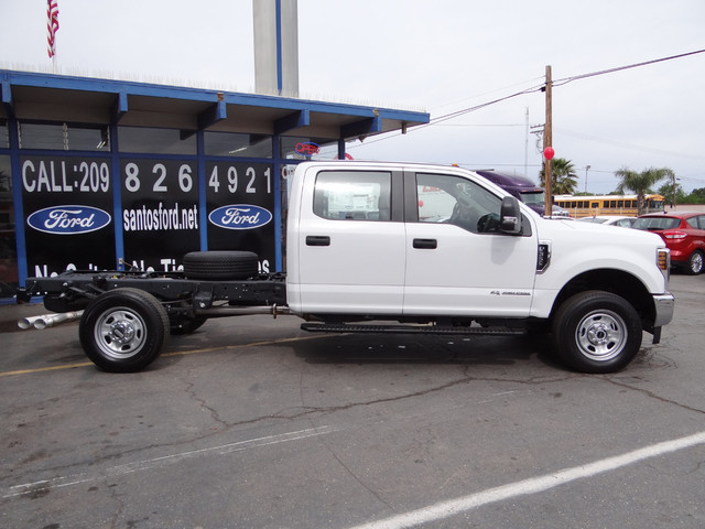 2018 F-350 Crew Cab 4x4, Cab Chassis #JEB84829 - photo 6