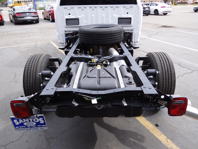 2018 F-350 Crew Cab 4x4, Cab Chassis #JEB84829 - photo 24