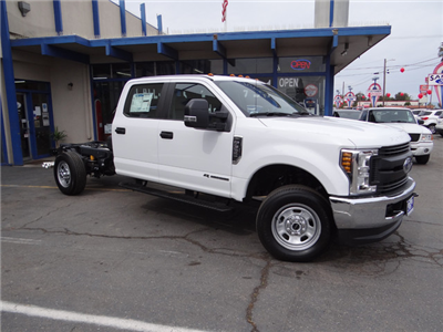 2018 F-350 Crew Cab 4x4, Cab Chassis #JEB84829 - photo 3
