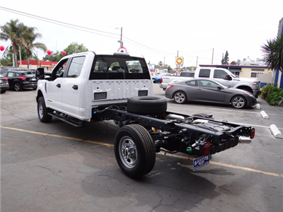 2018 F-350 Crew Cab 4x4, Cab Chassis #JEB84829 - photo 9