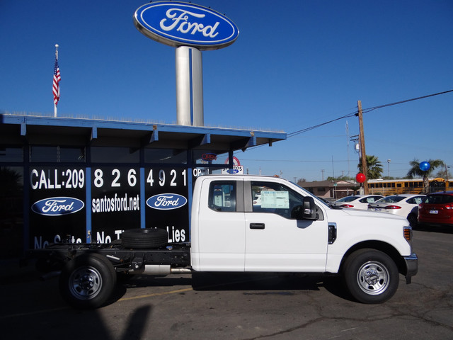 2018 F-250 Super Cab, Cab Chassis #JEB84830 - photo 5