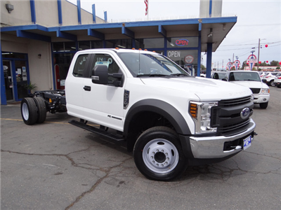 2018 F-450 Super Cab DRW 4x2,  Cab Chassis #JEB84833 - photo 3