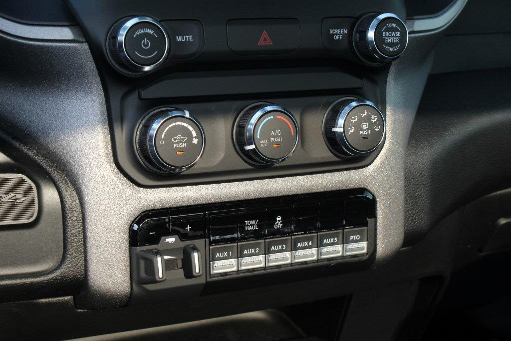2021 Ram 5500 Regular Cab DRW 4x4,  Cab Chassis #1U9059 - photo 15