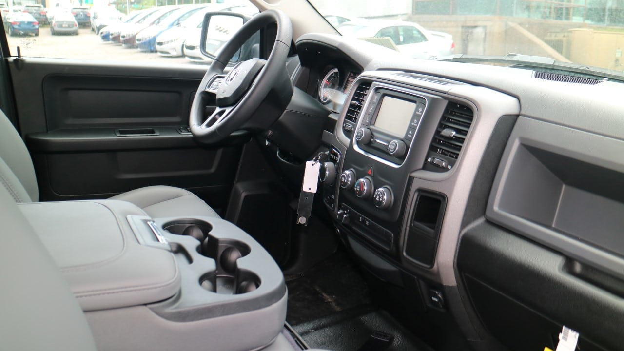 2018 Ram 1500 Crew Cab 4x4,  Pickup #DJ39062 - photo 8