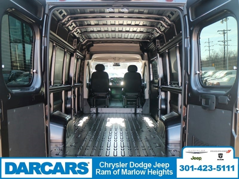 2018 ProMaster 2500, Cargo Van #DJ39513 - photo 2