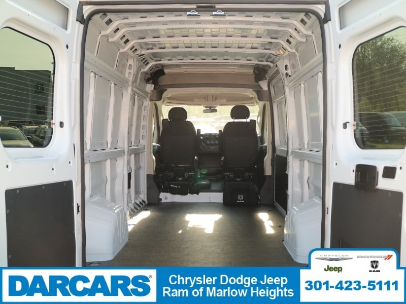 2018 ProMaster 2500 High Roof 4x2,  Empty Cargo Van #DJ39537 - photo 2