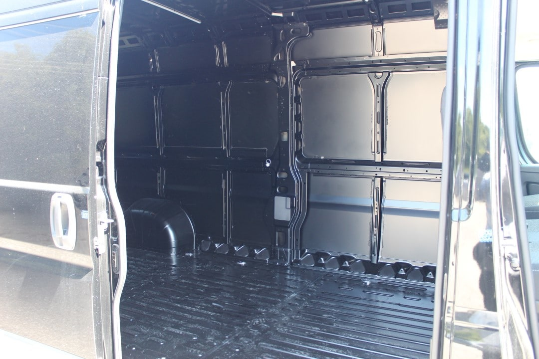 2018 ProMaster 2500 High Roof FWD,  Empty Cargo Van #DJ39550 - photo 11