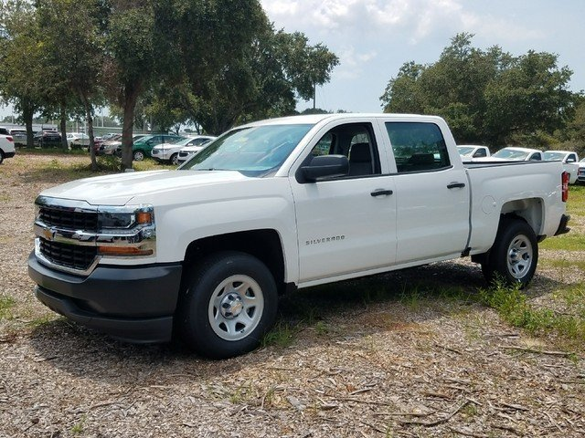 2017 Silverado 1500 Crew Cab 4x2,  Pickup #17T1223 - photo 3