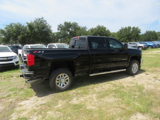 2018 Silverado 2500 Crew Cab 4x4,  Pickup #18T1017 - photo 2