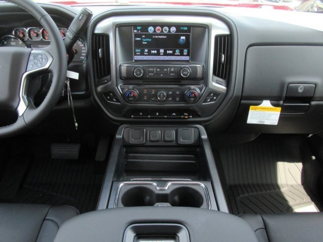2018 Silverado 1500 Crew Cab 4x2,  Pickup #18T1120 - photo 7