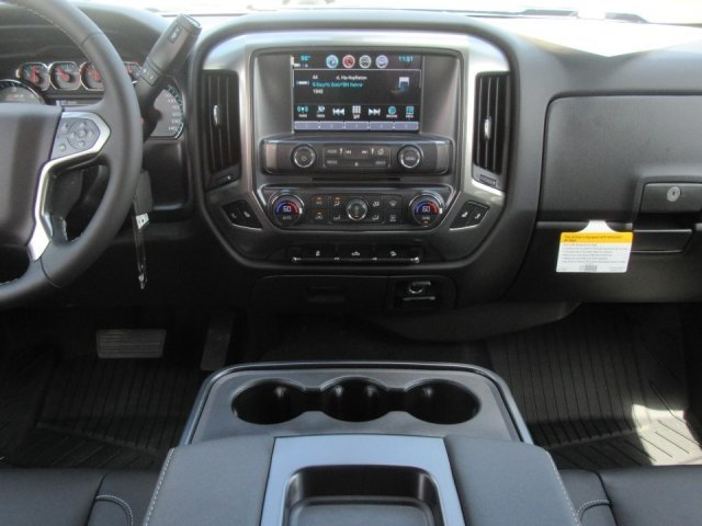 2018 Silverado 1500 Crew Cab 4x4,  Pickup #18T1157 - photo 7