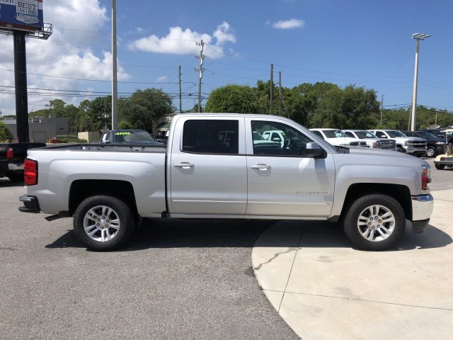 2018 Silverado 1500 Crew Cab 4x2,  Pickup #18T1197 - photo 3