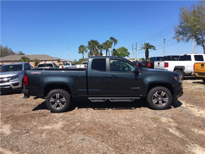 2018 Colorado Extended Cab 4x4,  Pickup #18T576 - photo 3