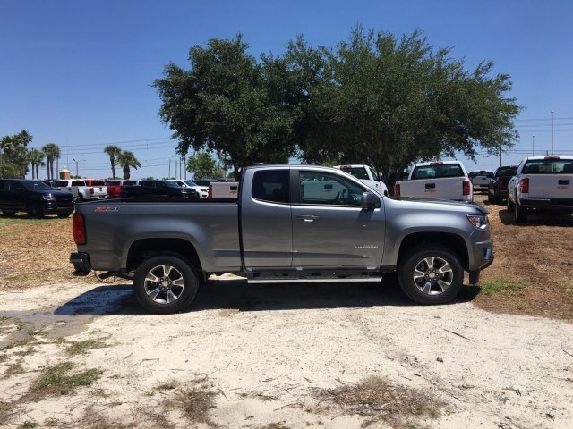 2018 Colorado Extended Cab 4x2,  Pickup #18T771 - photo 3