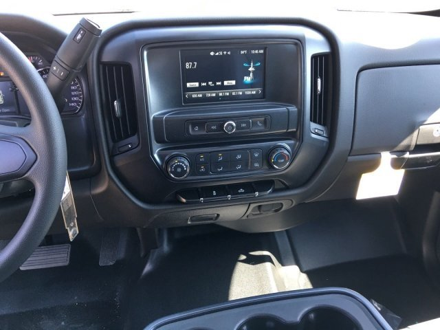 2018 Silverado 2500 Regular Cab 4x2,  Pickup #18T871 - photo 7