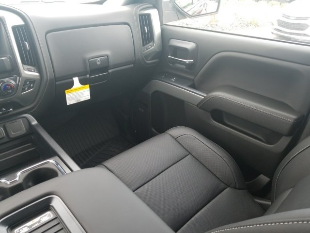 2018 Silverado 1500 Crew Cab 4x4,  Pickup #18T890 - photo 8