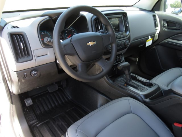 2019 Colorado Extended Cab 4x2,  Pickup #19T178 - photo 5