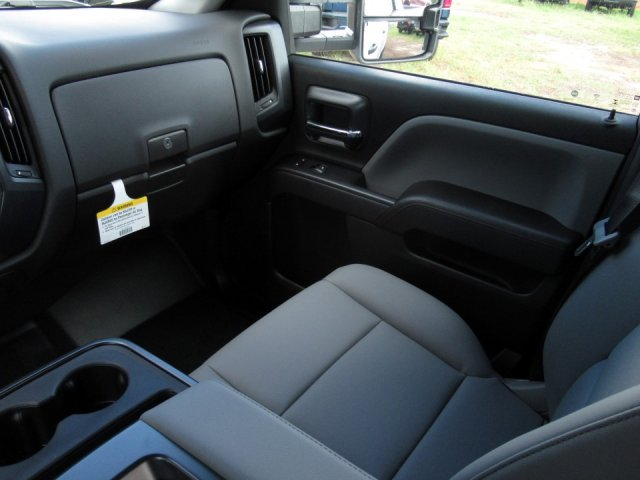 2019 Silverado 2500 Crew Cab 4x2,  Pickup #19T239 - photo 8